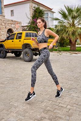 Berrak - Berrak 2986 Bayan Fitness Takımı